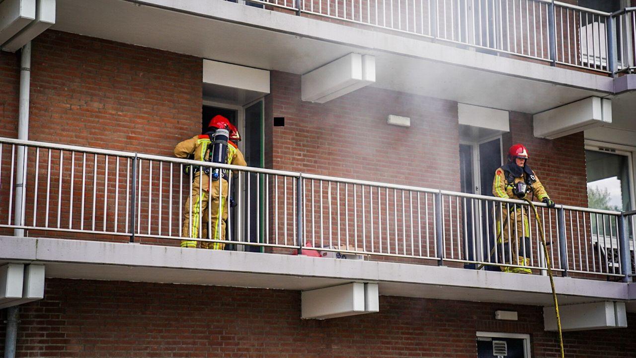 Televisie vat vlam in Eindhovens appartement