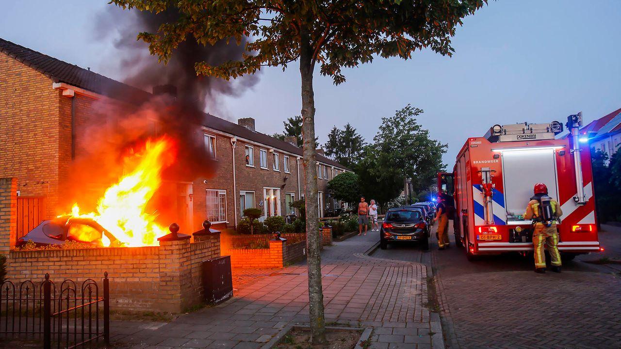 Tongelre opgeschrikt door twee autobranden