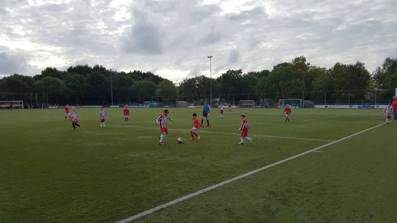 ING langer door met Unitas'59, kwart sponsorbedrag naar vrouwenvoetbal