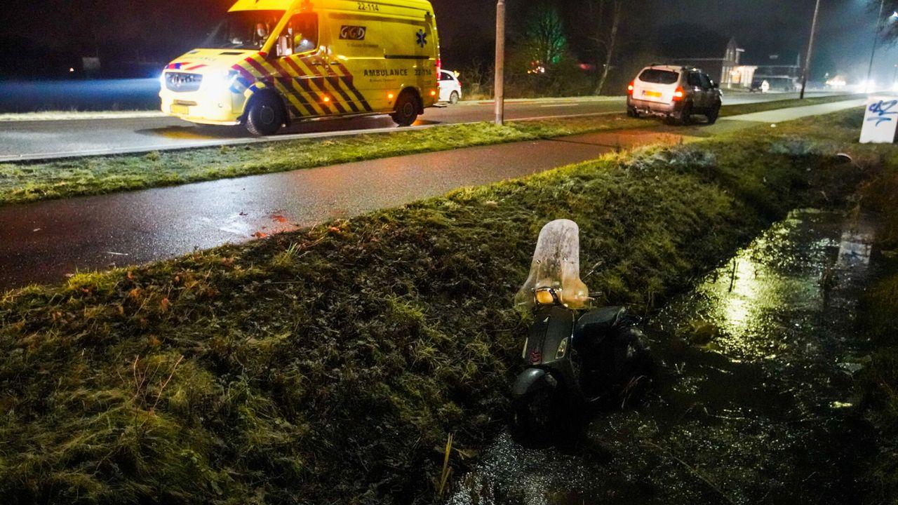 Scooterrijder raakt te water in Eindhoven