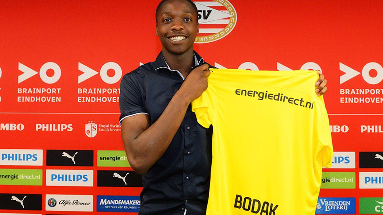 PSV legt talentvolle keeper vast