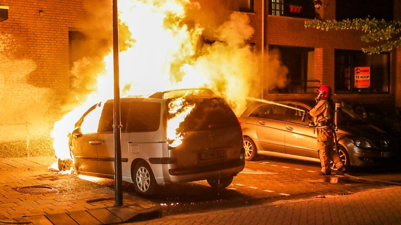 Zoveelste autobrand in Geldrop