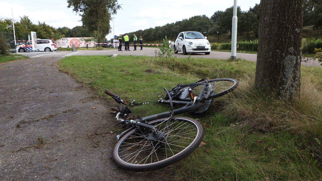 Fietser ernstig gewond bij aanrijding met auto in Best