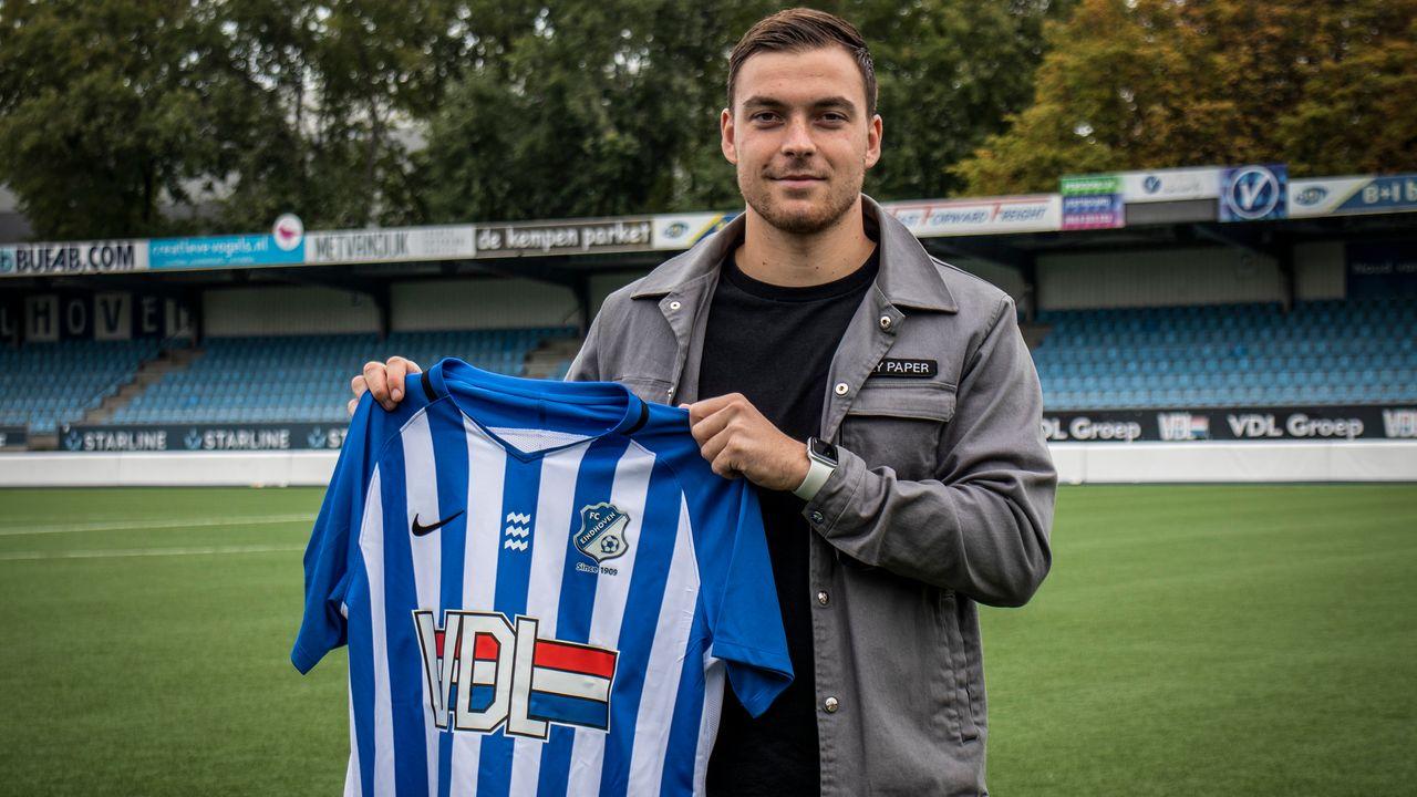 Jarno Janssen blijft langer bij FC Eindhoven