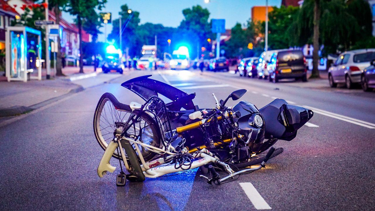 Motorrijder Leenderweg aangehouden, politie zoekt getuigen