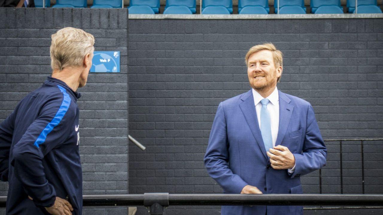 Koning bezoekt sportcomplex Genneper Parken