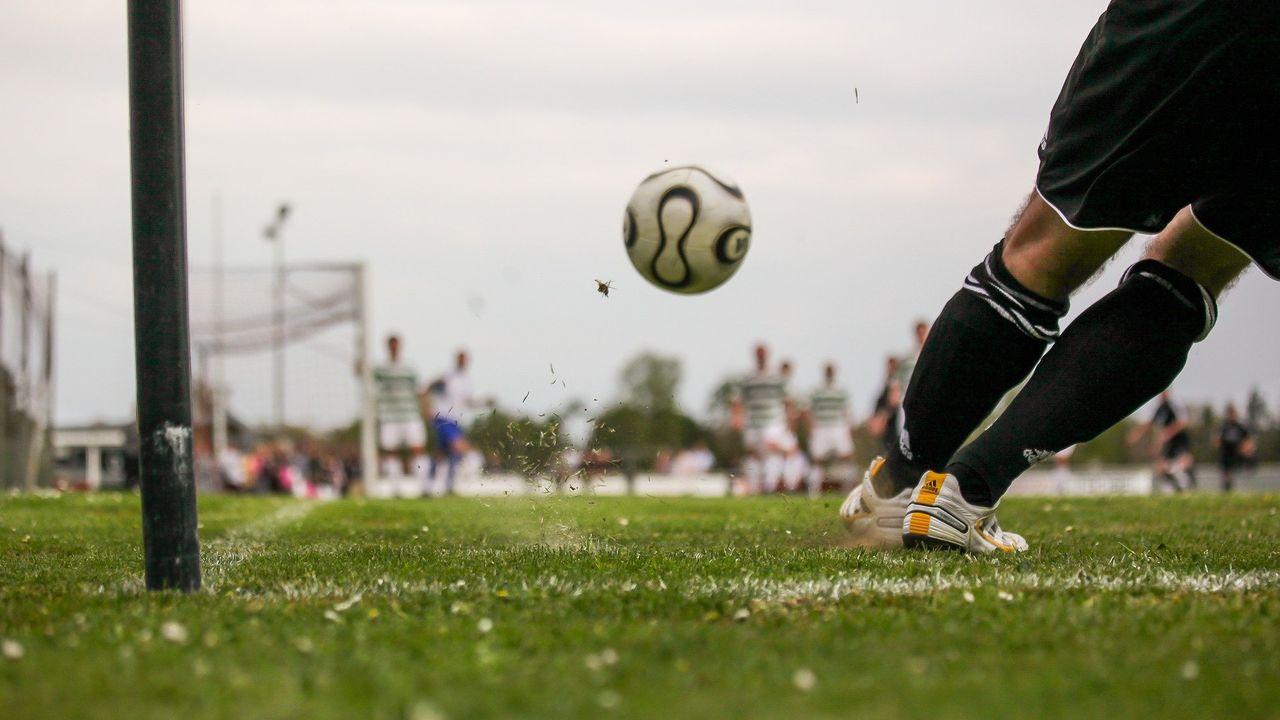 Sokkenactie voor Eindhovense sportclubs