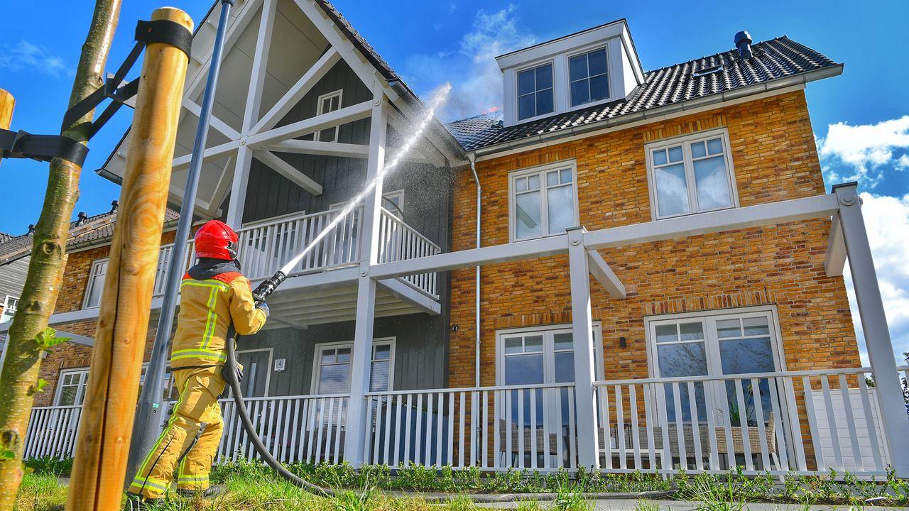 Brand in Waalrese woningen is lastig te blussen