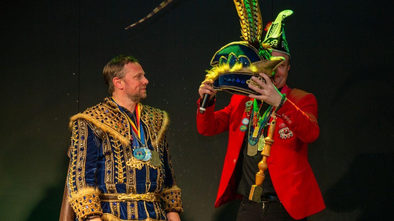 Streep door carnaval in Nuenen