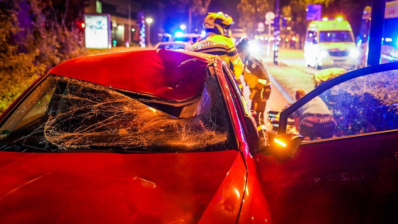 Fietser (19) overleden na aanrijding met auto