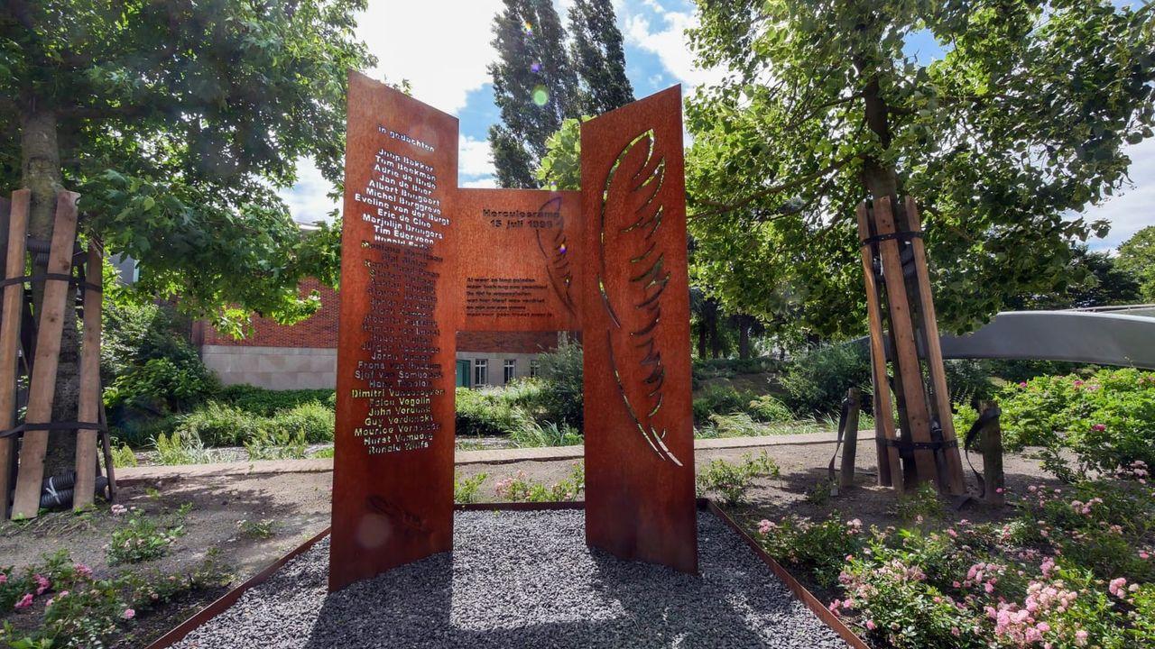 Eindhoven herdenkt 25 jaar Herculesramp
