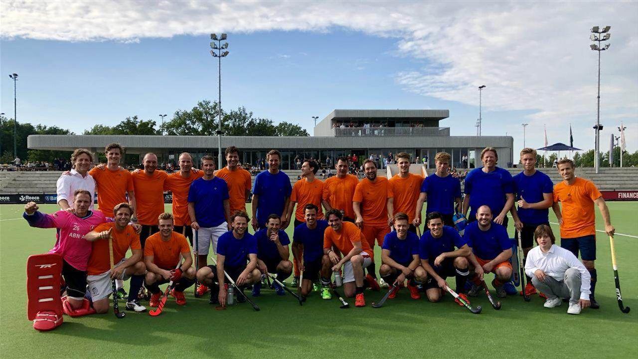 Bijzondere afscheidswedstrijd voor Oranje-Rood spelers De Voogd en Van der Horst