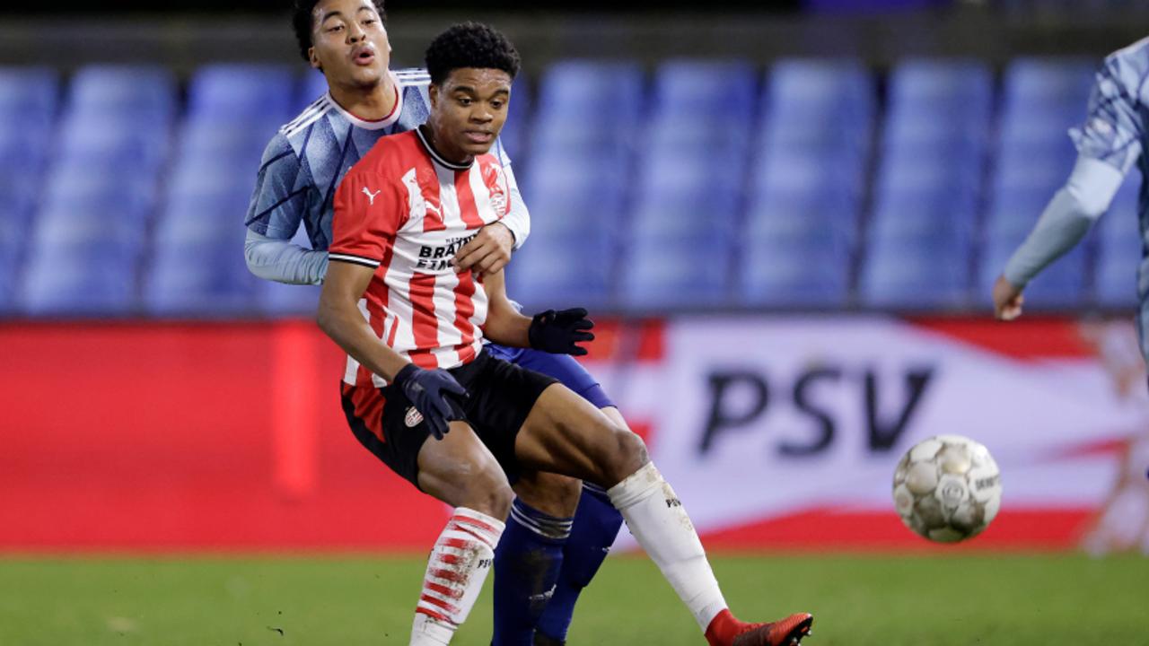 Jong PSV onderuit tegen Jong Ajax