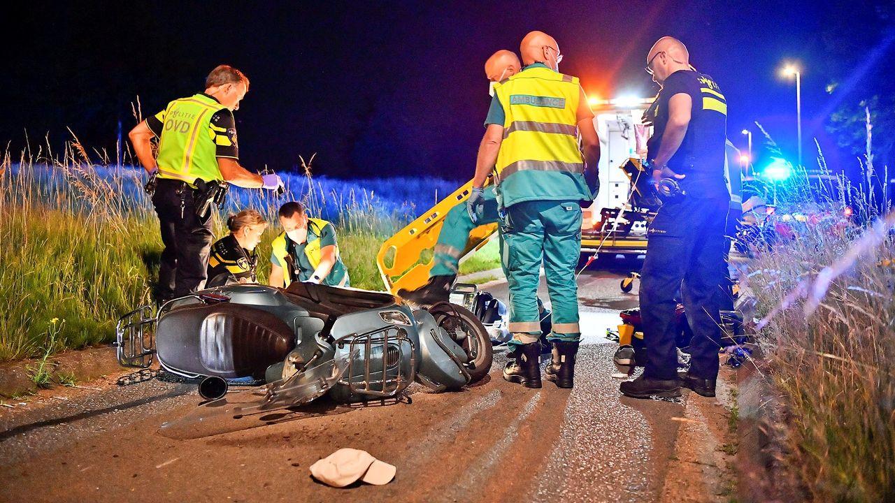 Scooterrijder zwaargewond bij ongeluk in Veldhoven