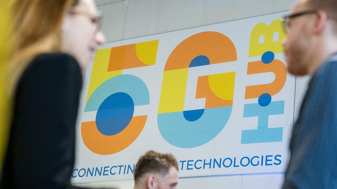 Vodafone gaat testen doen met Eindhovense fotonicachips
