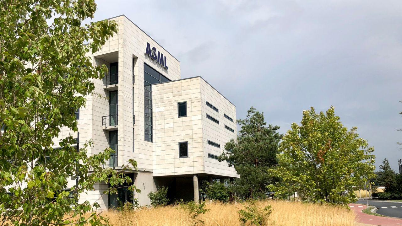 ASML staat in wereldwijde top 100 coronabedrijven