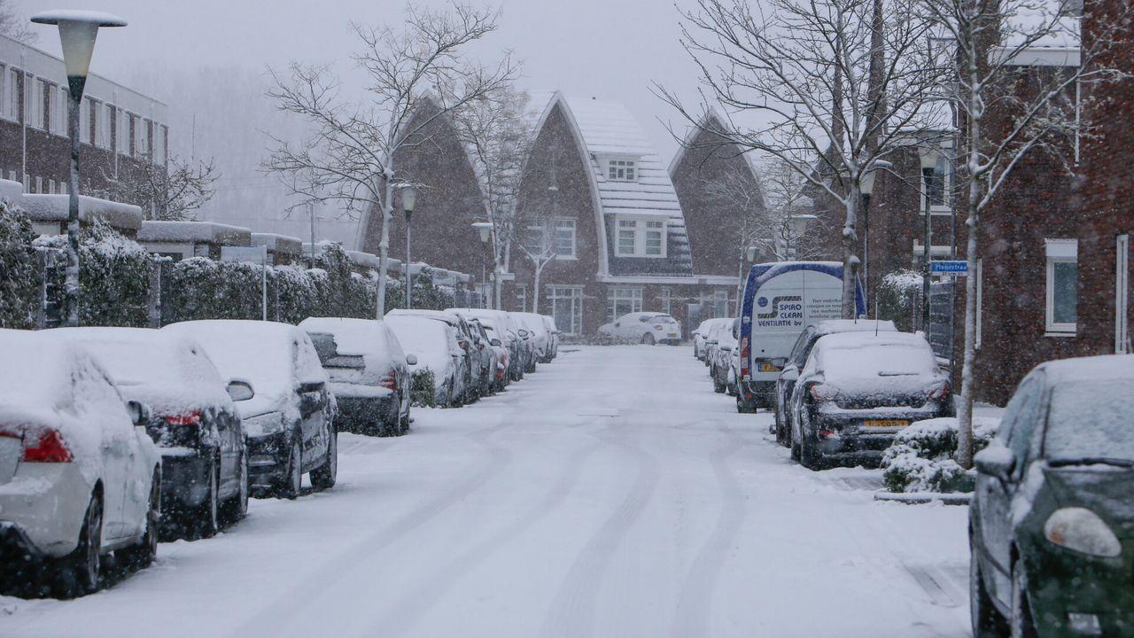 Lentesneeuw in regio leidt tot verbazing en mooie plaatjes