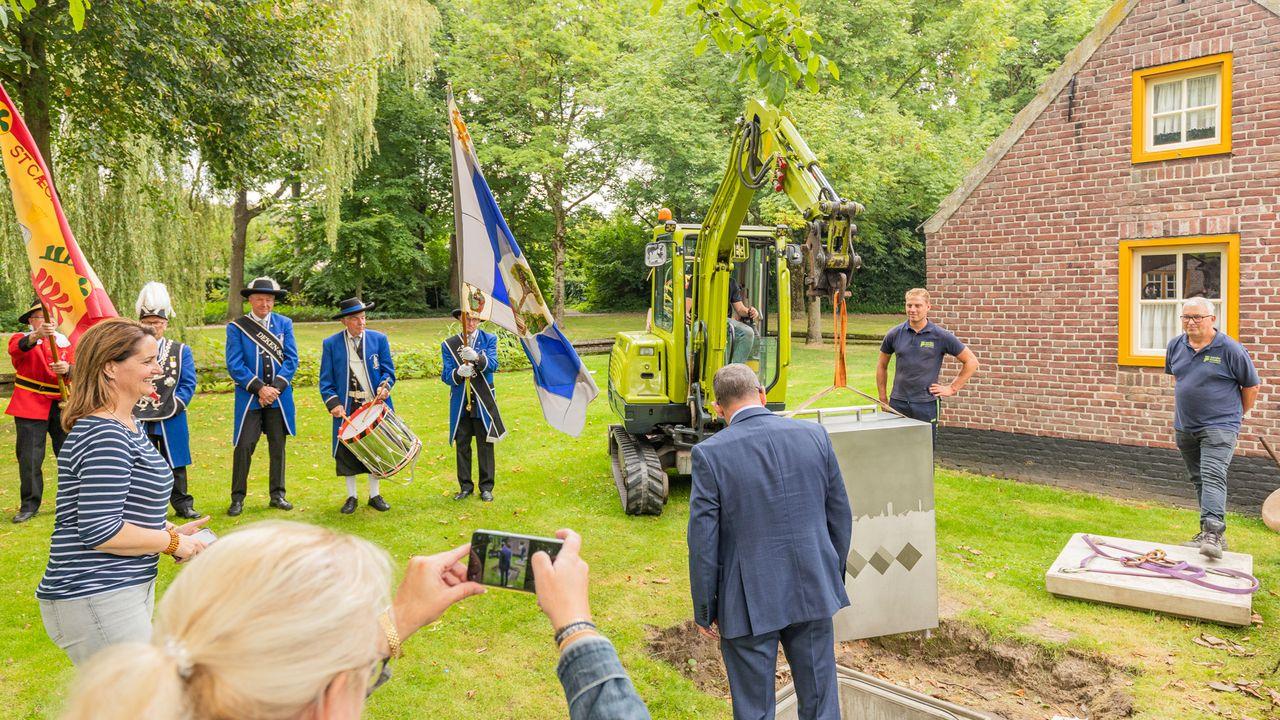 Expositie 100 jaar Veldhoven geopend in Museum 't Oude Slot