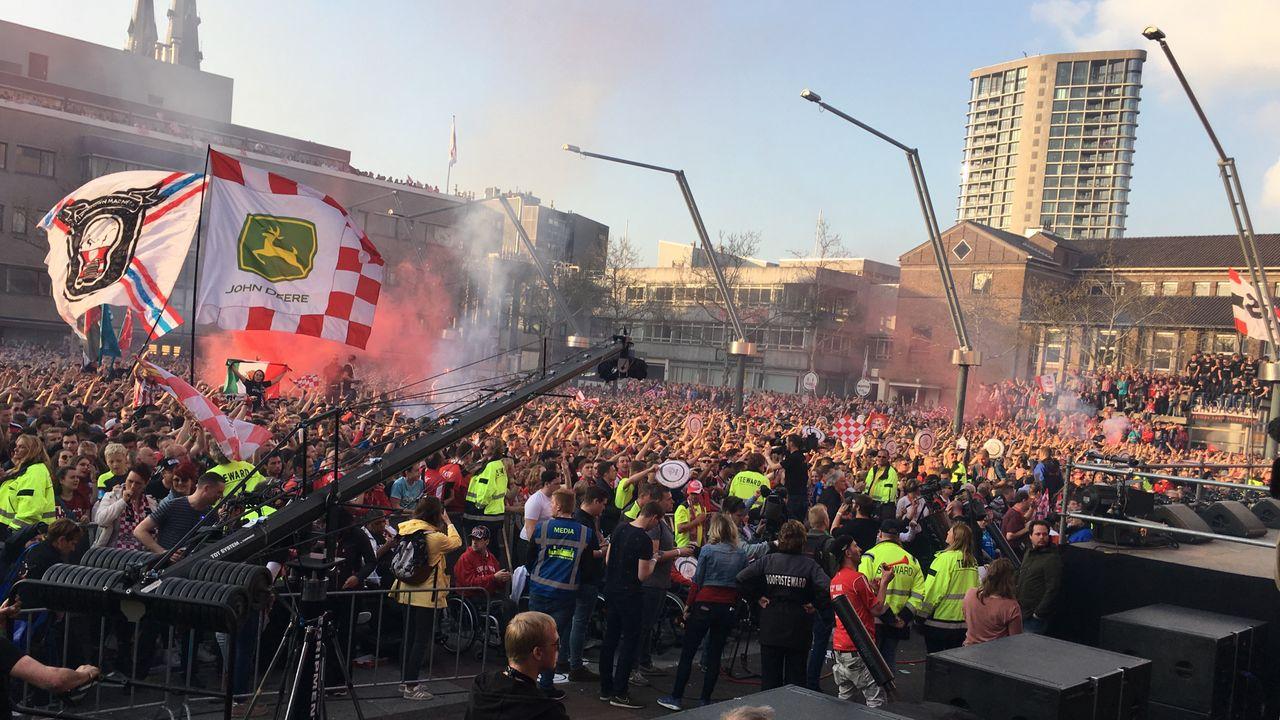 Supporters 'voelen' dat PSV volgende ronde haalt tegen Basel