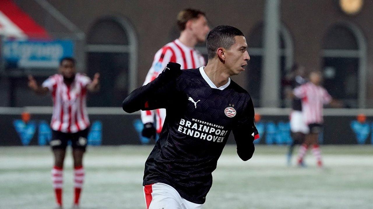 Moeizame overwinning voor PSV in Rotterdam