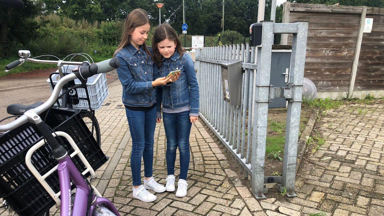 Kinderen ontdekken fietsend Geldrop-Mierlo en sluiten nieuwe vriendschappen