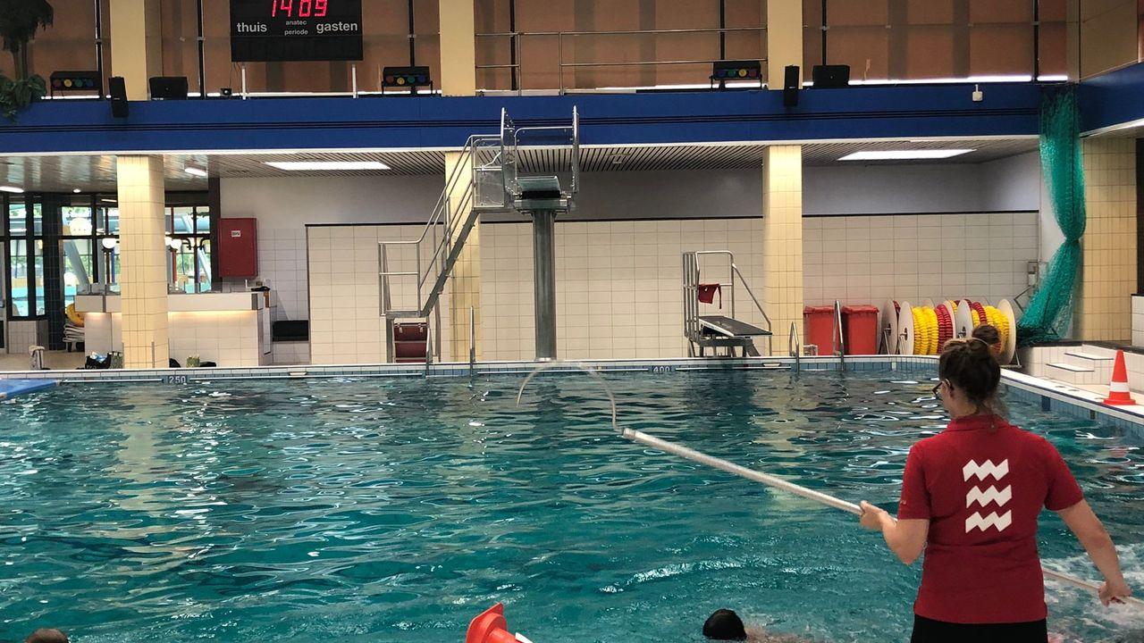 'Zwemlerarentekort veroorzaakt door coronastop zwemopleiding'