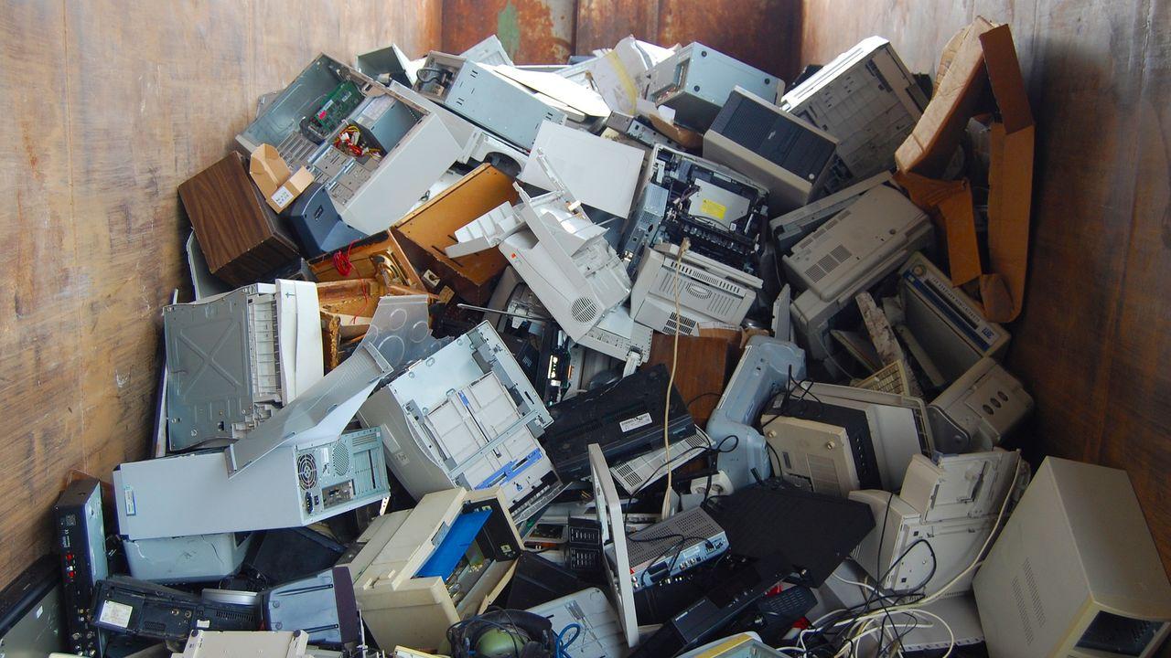 15 basisscholen gaan e-waste te lijf