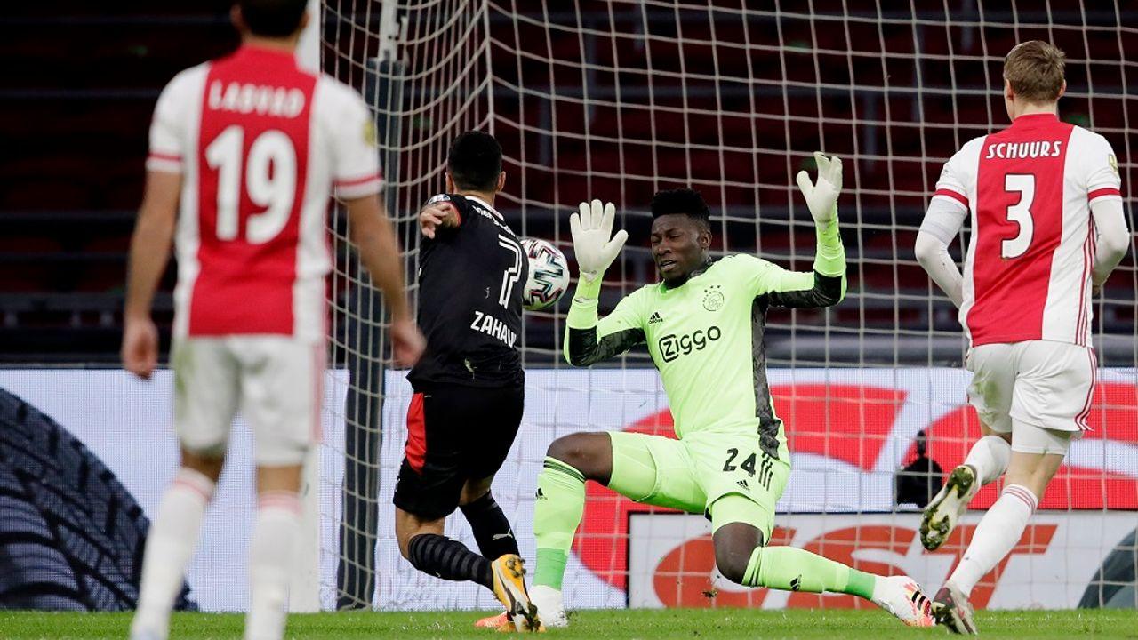 PSV geeft voorsprong weg in spannende topper