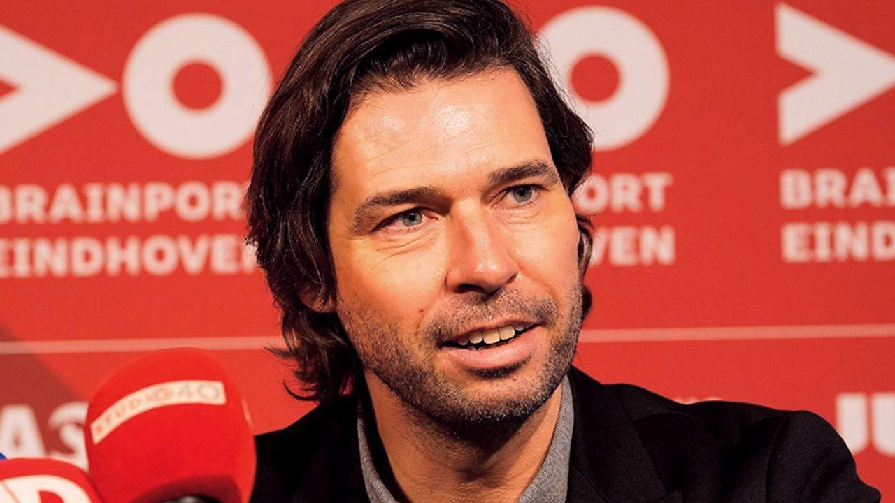 John de Jong langer 'td' bij PSV; Vennegoor schuift door