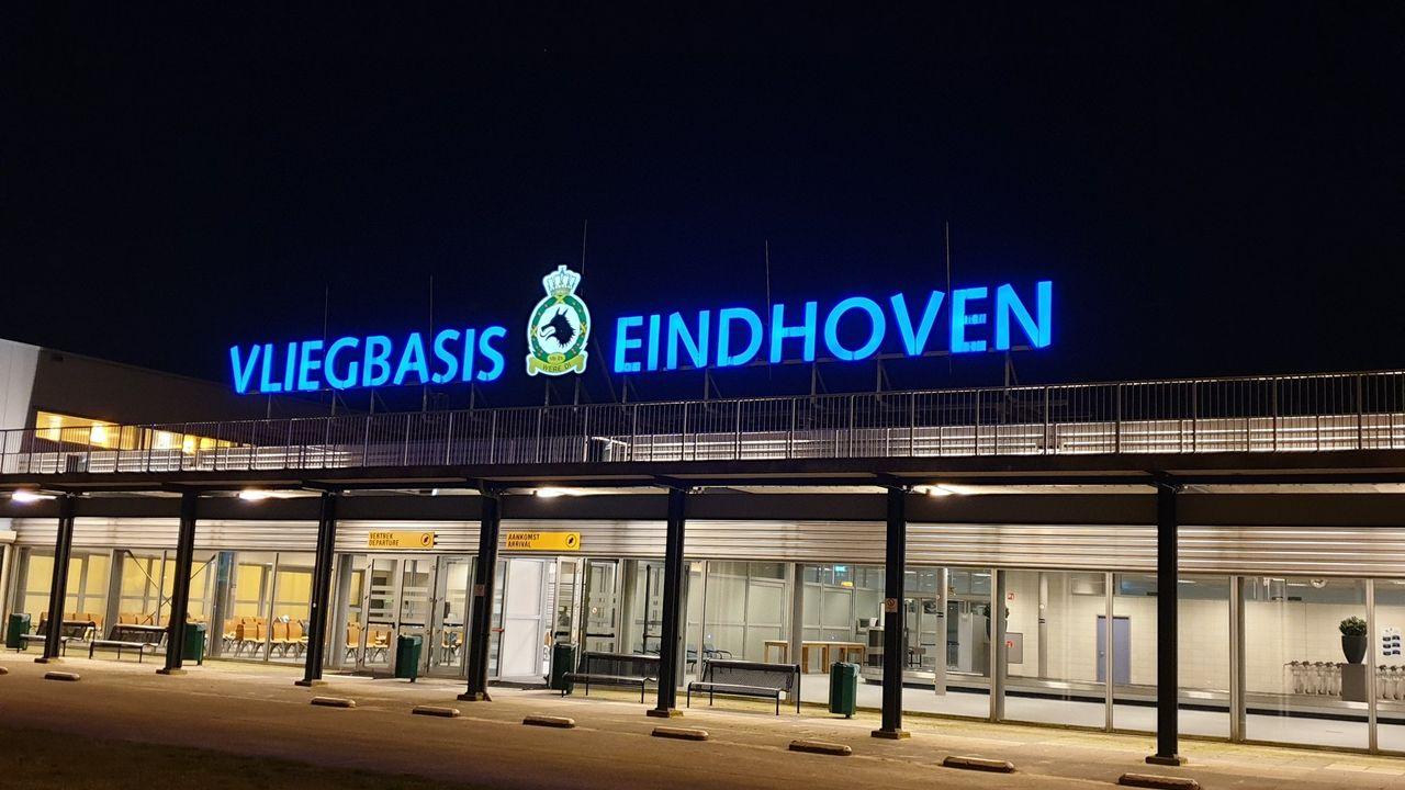 De VS trekken troepen terug via Eindhoven
