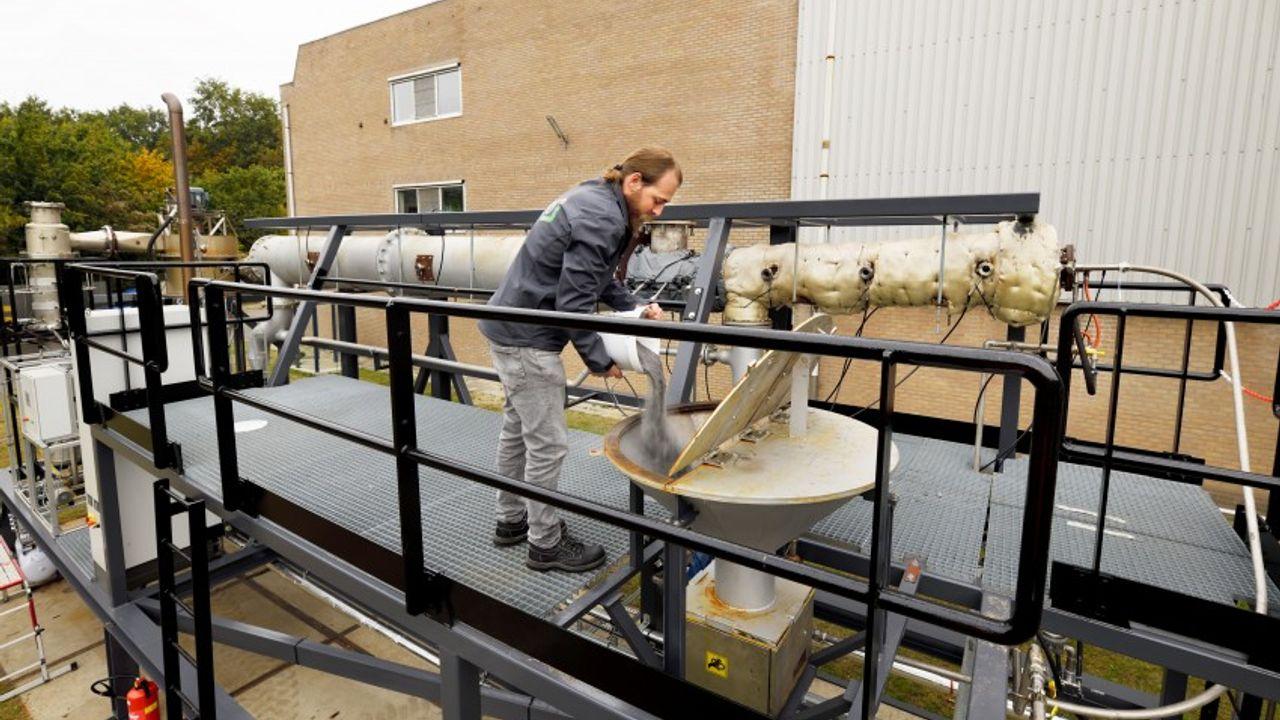 Bavaria gaat bier brouwen met ijzerstofinstallatie TU/e