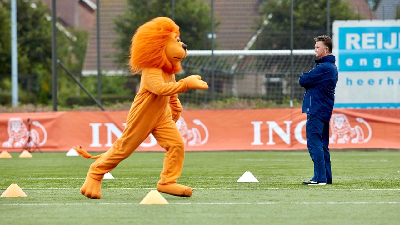 Drommel en Gakpo in Oranje-selectie; Fofana debuteert