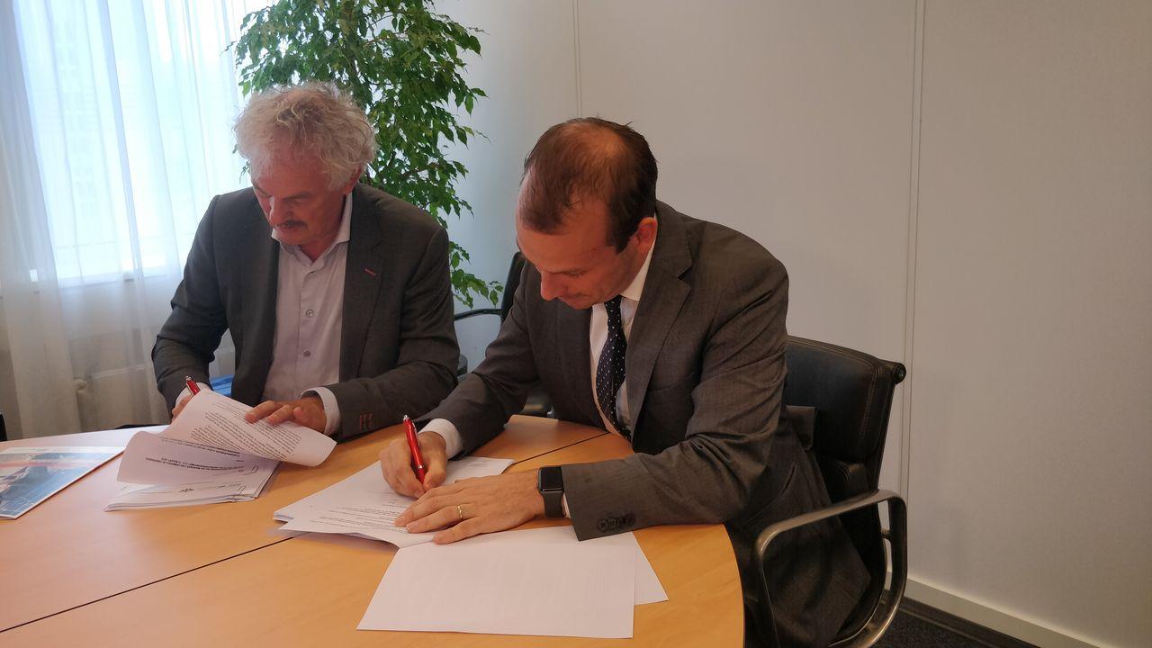 Handtekeningen zijn gezet: Stedelijk College kan starten met nieuwbouw