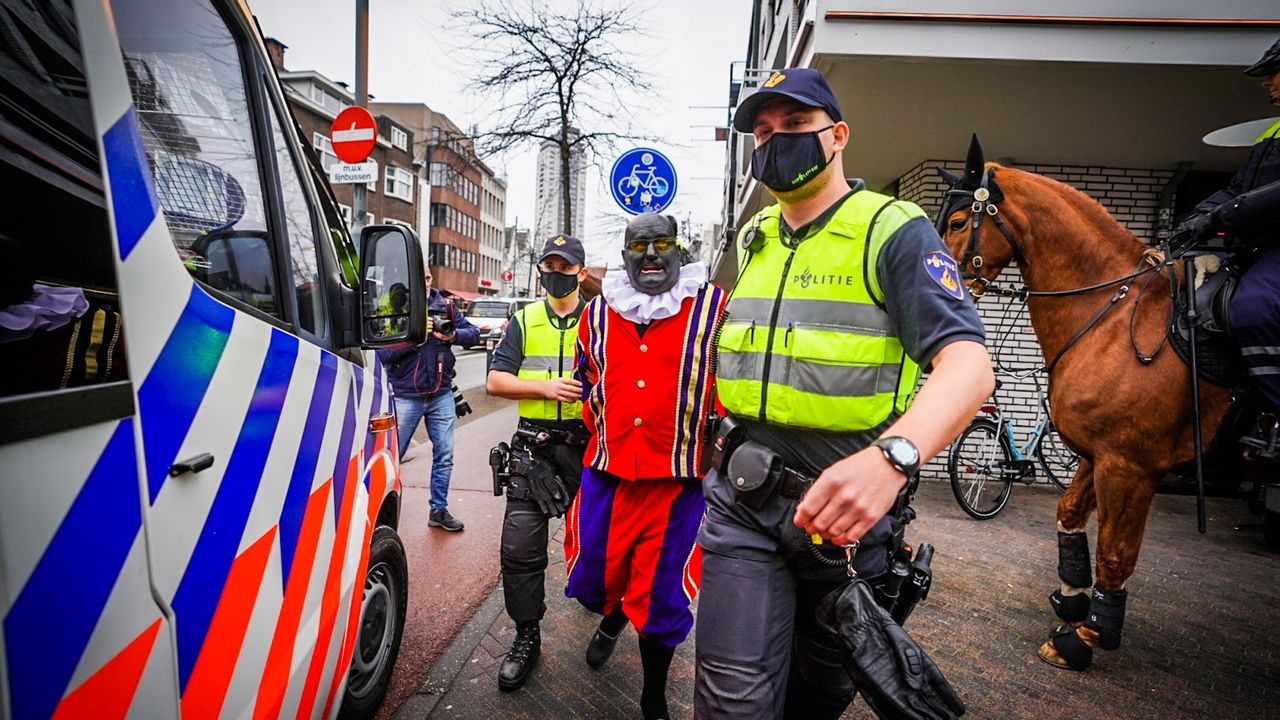 Zwarte Piet aangehouden in binnenstad Eindhoven