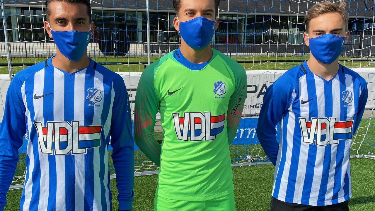 FC Eindhoven verkoopt eigen mondkapjes met logo