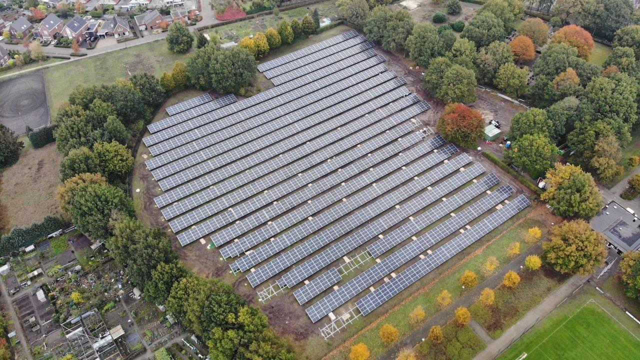 Zonnepark op honkbalveld maakt Waalre duurzamer