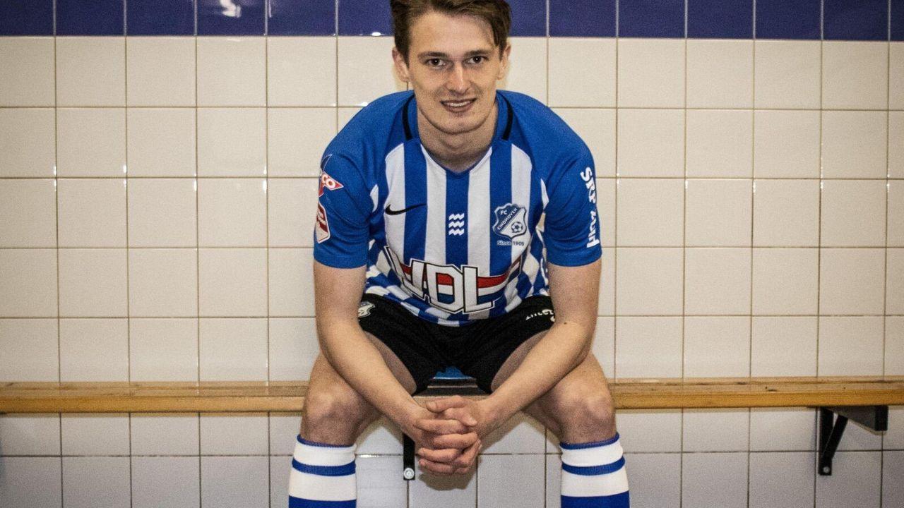 Kleinzoon van PSV-icoon tekent eerste profcontract bij FC Eindhoven