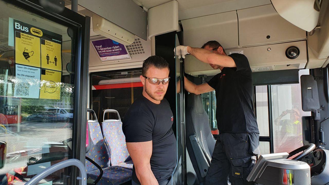 Voordeur Hermes-bussen mag weer open