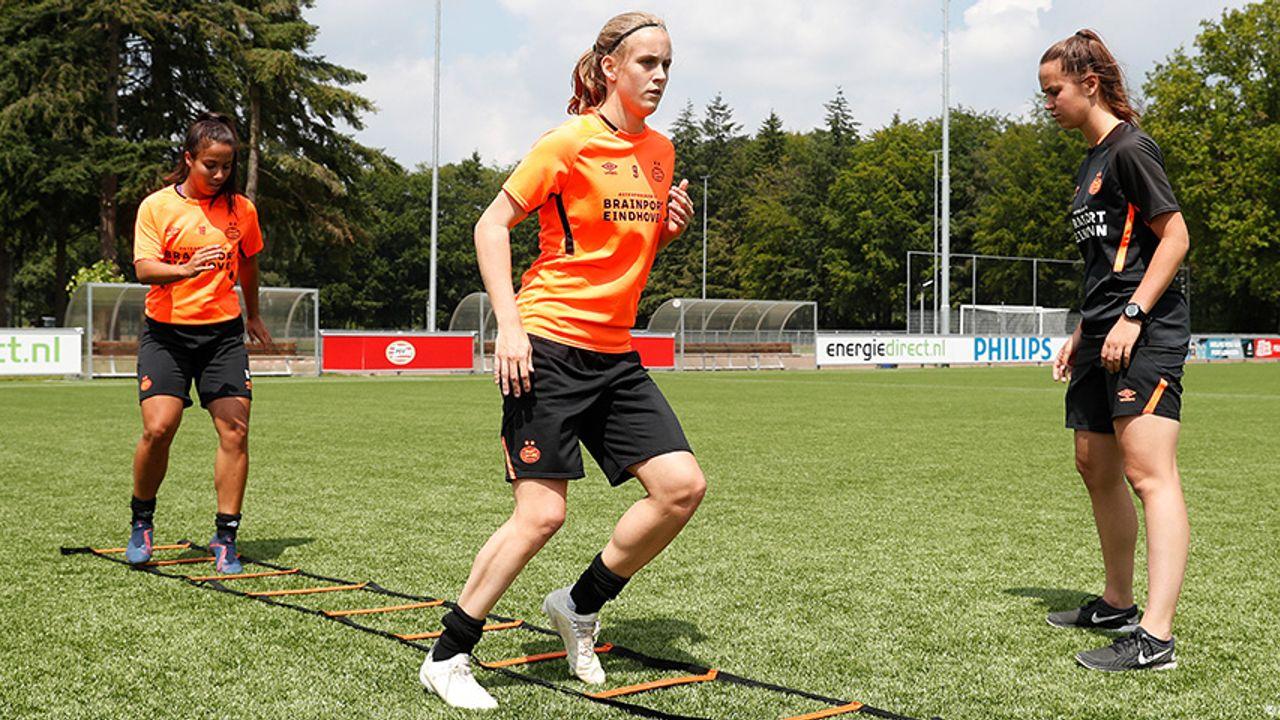 Beperkt publiek bij oefenwedstrijd PSV Vrouwen