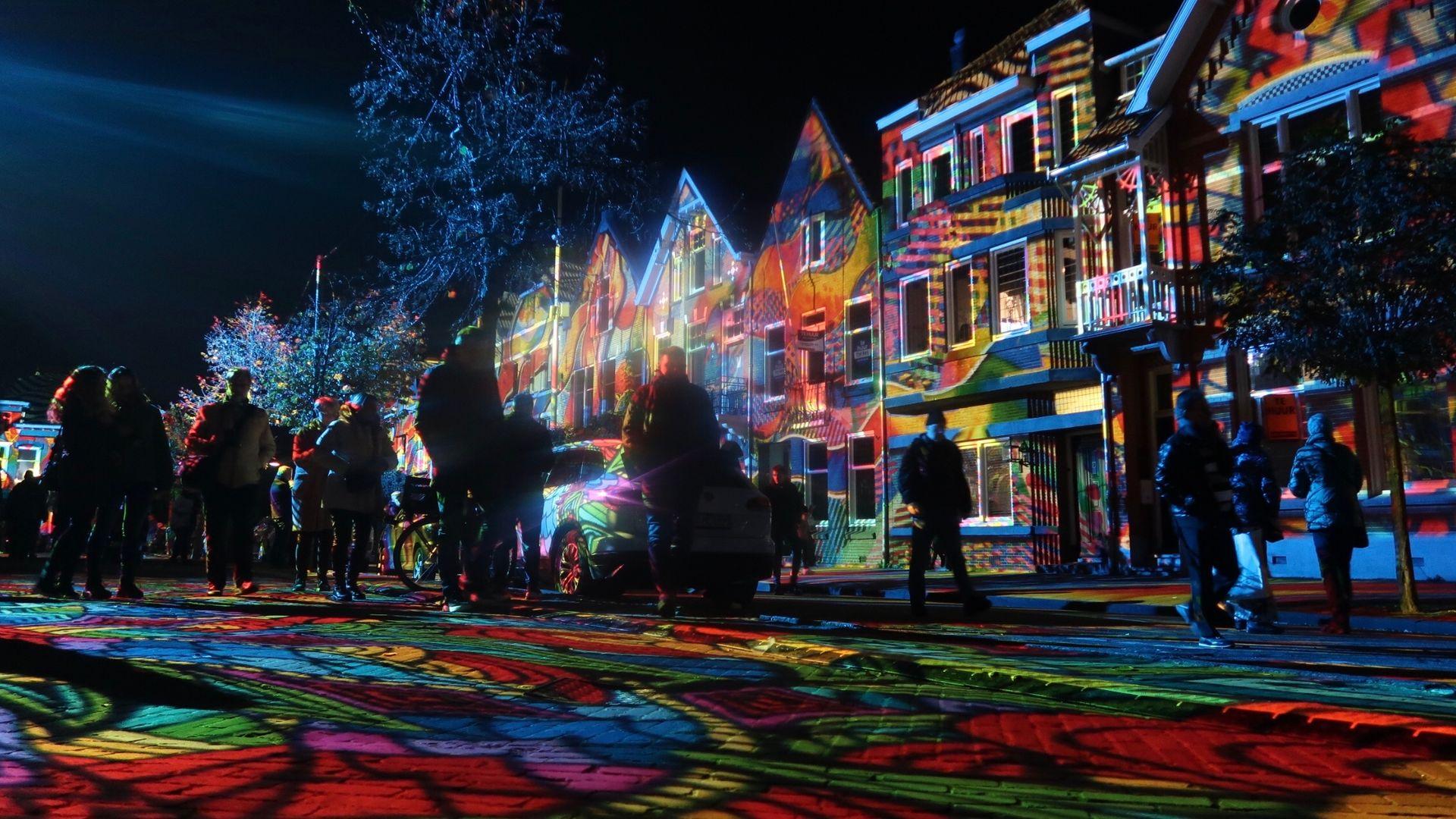 Glow 2019_ multicolor