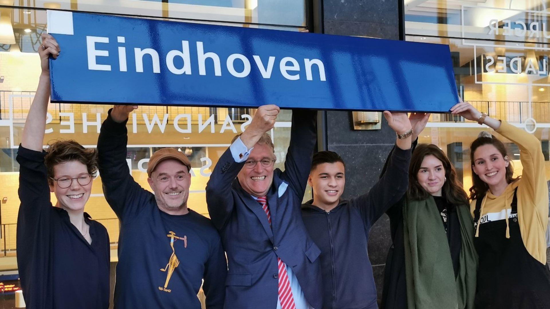 200114 Eindhoven Centraal Borden winnaars 3