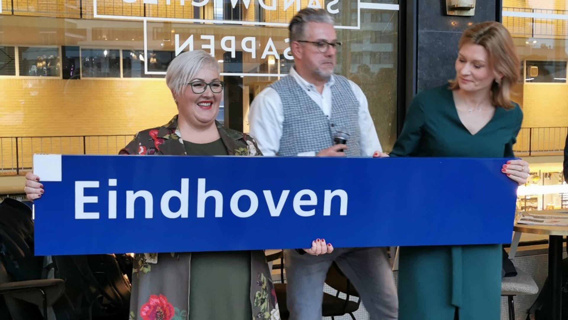 200114 Eindhoven Centraal Borden winnaars 2