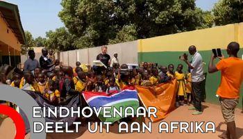 Eindhovenaar deelt speelgoed uit in Afrika